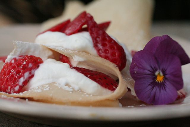 strawberry crepes forever