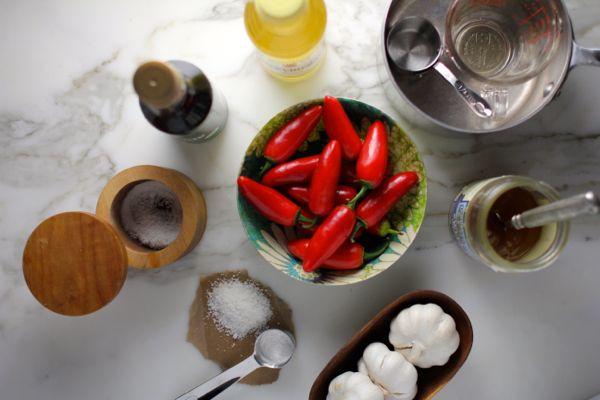 sriracha ingredients