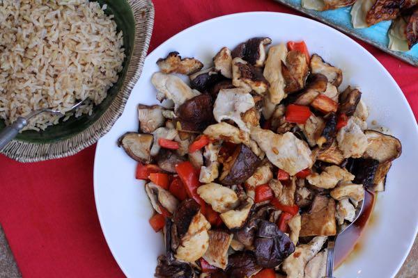 sheet pan stir fry chicken & shiitakes