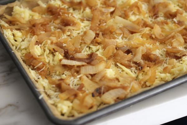 caramelized onion layer