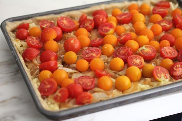 splay of cherry tomatoes